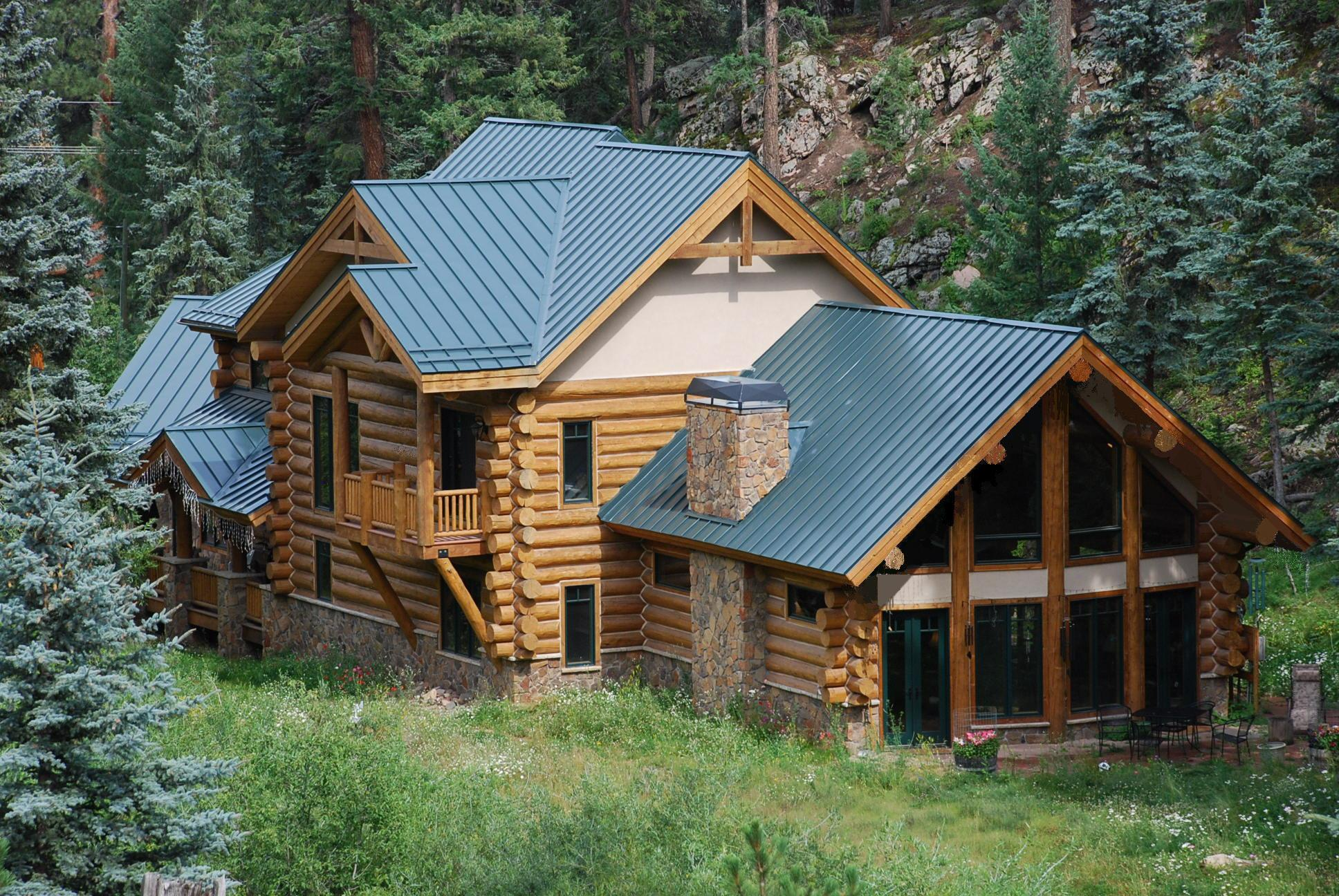 Exterior pictures custom handcrafted milled log homes for Country log homes
